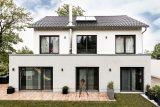 Moderne Architektur mit intelligenten Details innen und außen